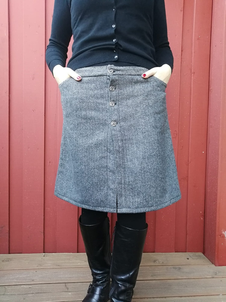 Knopfrock aus Tweed